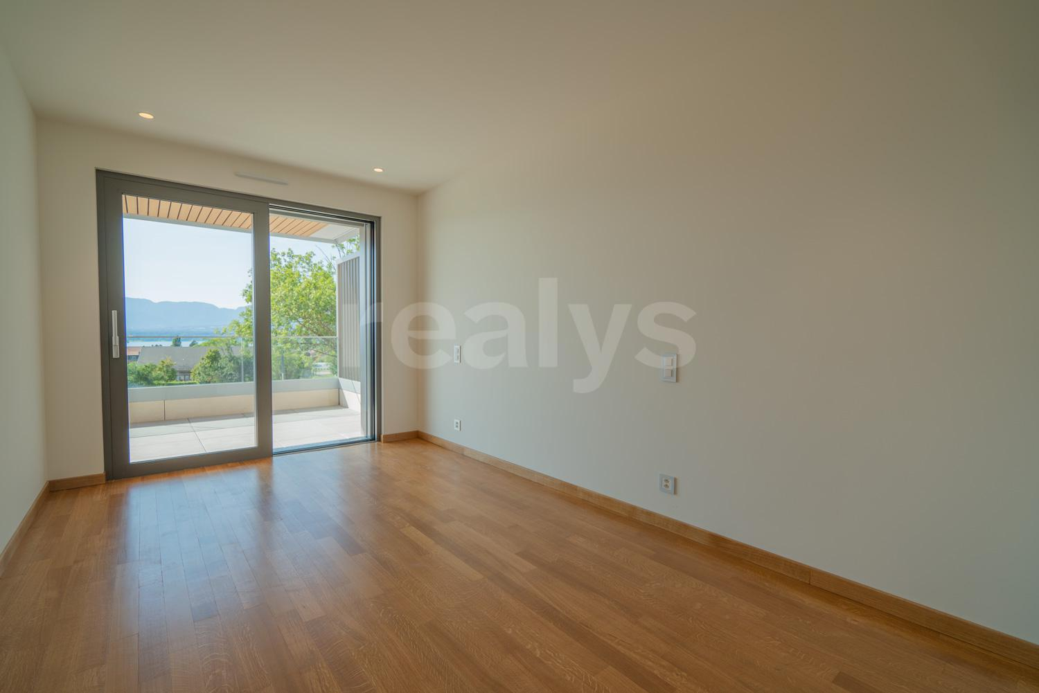 Privalia4 room flat in a new high-end residence