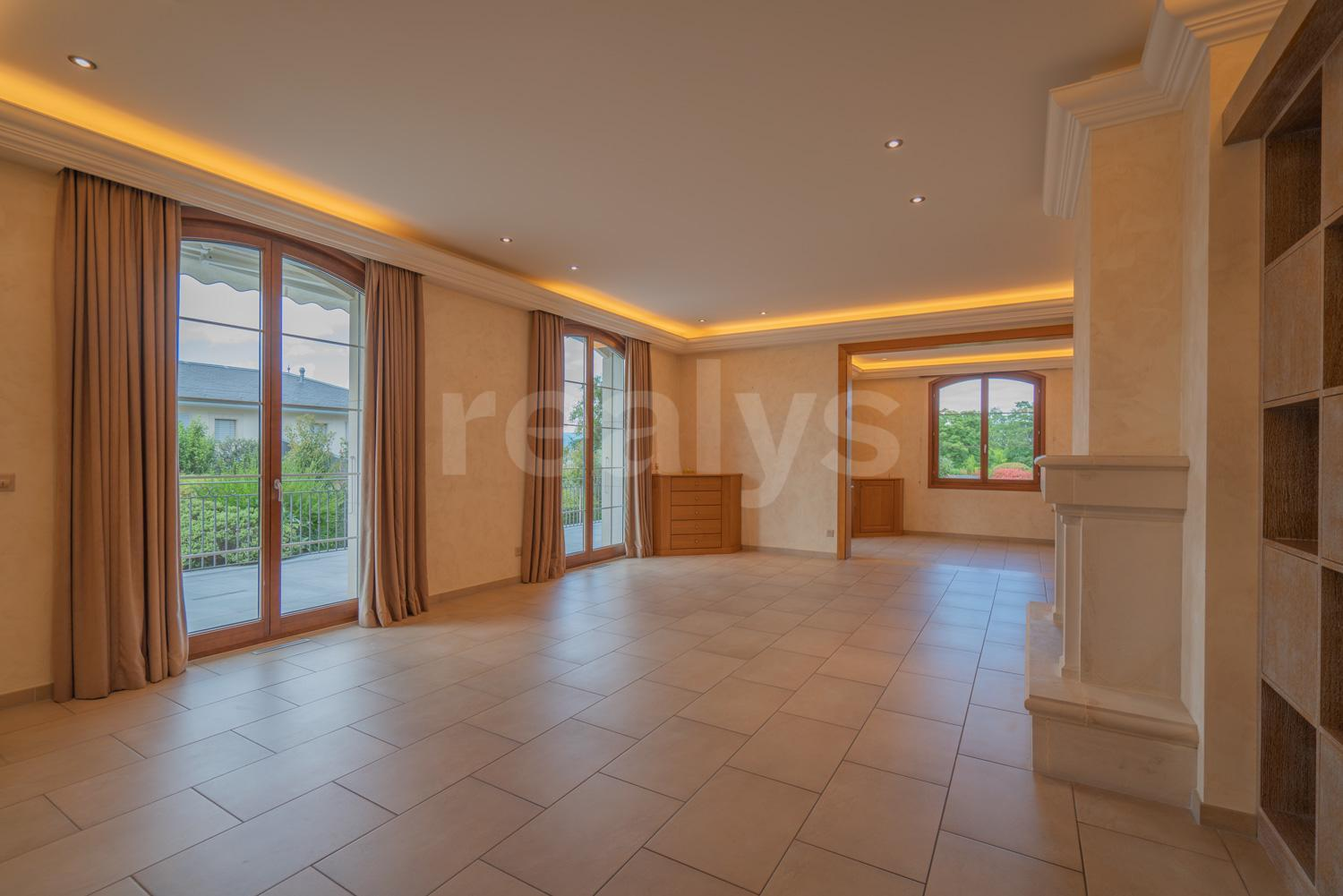 PrivaliaUnique : Exceptional villa with swimming pool on the heights of Cologny